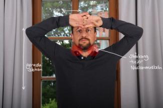 Übung Nacken stärken Gegendruck vorne