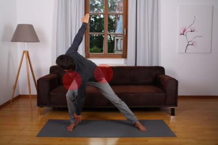 Unteren Rücken und Hüfte lockern mit Scherenbewegung